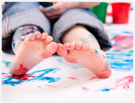 how to make flat feet look good