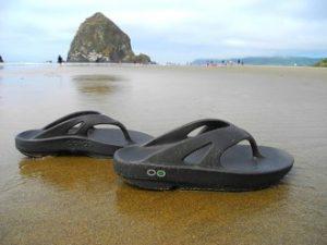 oofos-beach